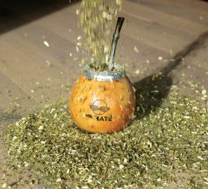 groene yerba mate regent op calabaza curen